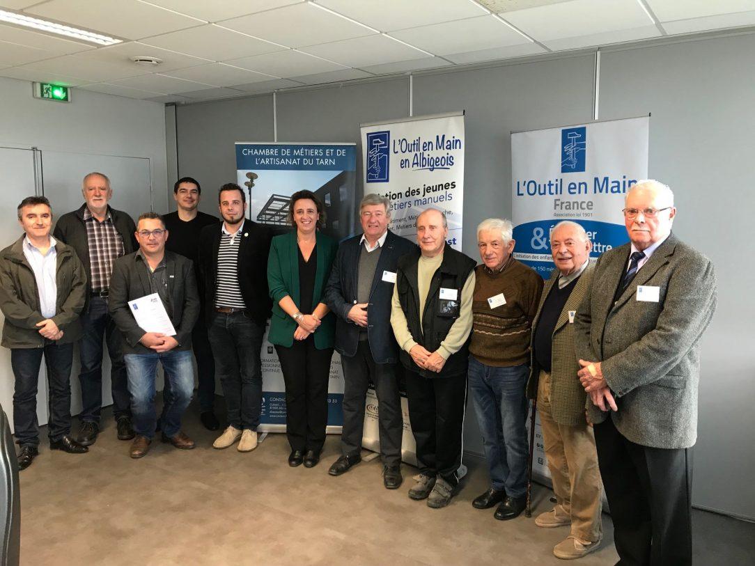 Association outil en main renouvellement de conventions chambre de m tiers et de l 39 artisanat - Chambre des metiers du tarn ...